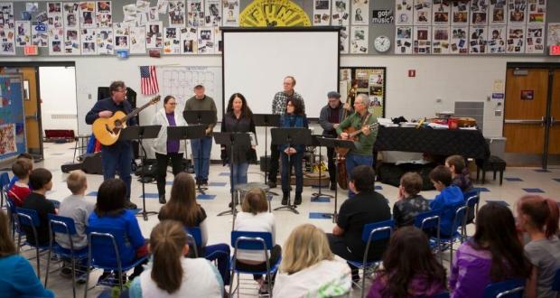 Sawtooth Elementary rehearsal